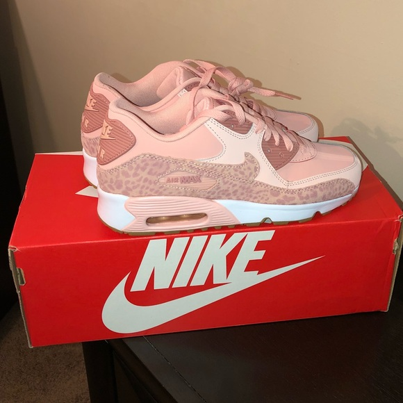 best sneakers 06540 2451b 💕Nike Air Max 90 LTR SE GG💕